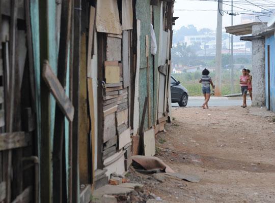 Vila da Paz, em São Paulo, também teve parte de seus moradores despejados.
