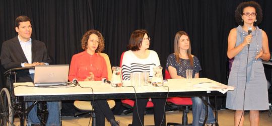 Da esquerda para a direita: Rodrigo Mendes, Martinha Clarete, Pilar Lacerda, Raquel Paganelli e Iracema Nascimento.
