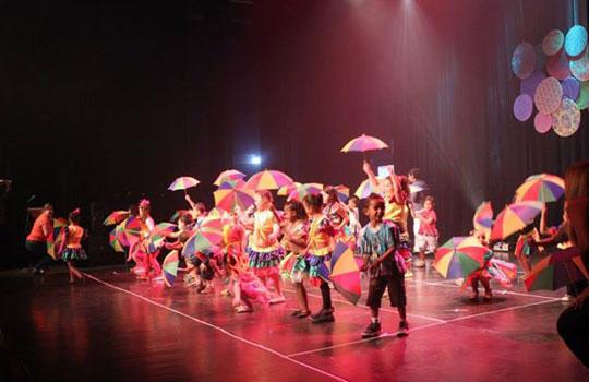 Festa da Cultura Brasileira, realizada em setembro no CEU Pêra-Marmelo, valorizou a diversidade.