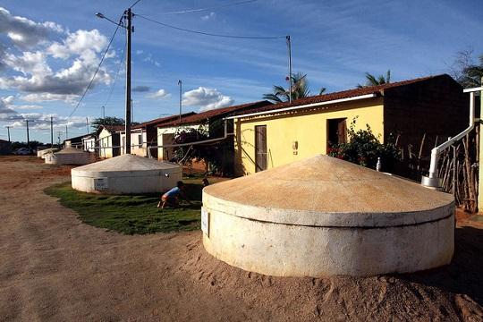 Cisternas são essenciais para encarar os períodos de seca em comunidade de Batatinha, em Paulo Afonso, no semi-árido baiano.