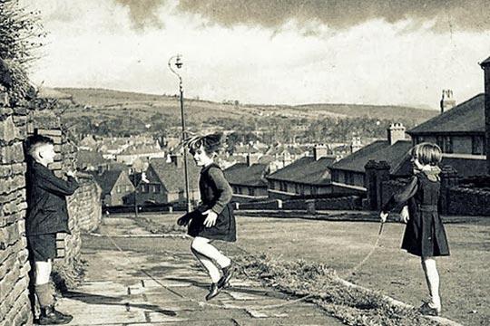 Antigamente, a rua era o lugar da criança.