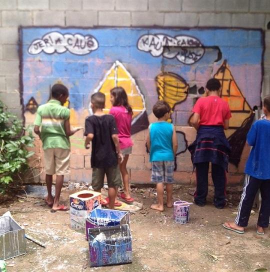Slowkids, Esparrama pela Janela, Minhoca na Cabeça e encerramento do Revivarte 2015 acontecem nos dias 14 e 15/11, , todas no espaço público.