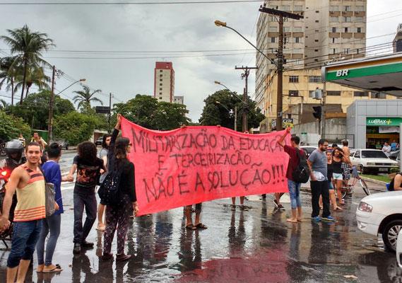 Goiás tem atualmente 26 escolas públicas geridas pela Polícia Militar do Estado.