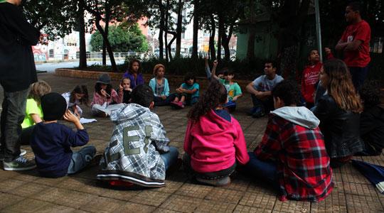 O Portal Aprendiz busca divulgar iniciativas e experiências que comprovam que uma Cidade para Crianças é, antes de mais nada, uma cidade para todos.
