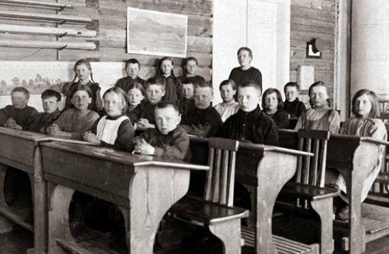 Escola finlandesa em 1924.