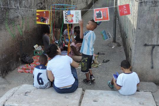 Desde maio, a Brechoteca está de mudança para um novo espaço, onde continuará oferecendo ações de incentivo à leitura para o público infantil e jovem.