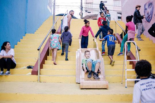 """Seminário """"Se essa rua fosse minha"""" reuniu organizações interessadas em criar uma metodologia de escuta infantil nos territórios da cidade de São Paulo."""