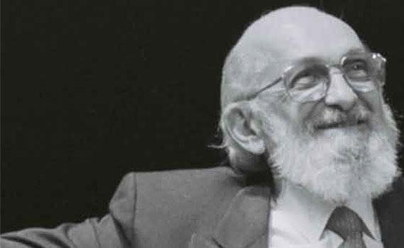 Nova biografia de Paulo Freire apresenta educador para além dos estereótipos