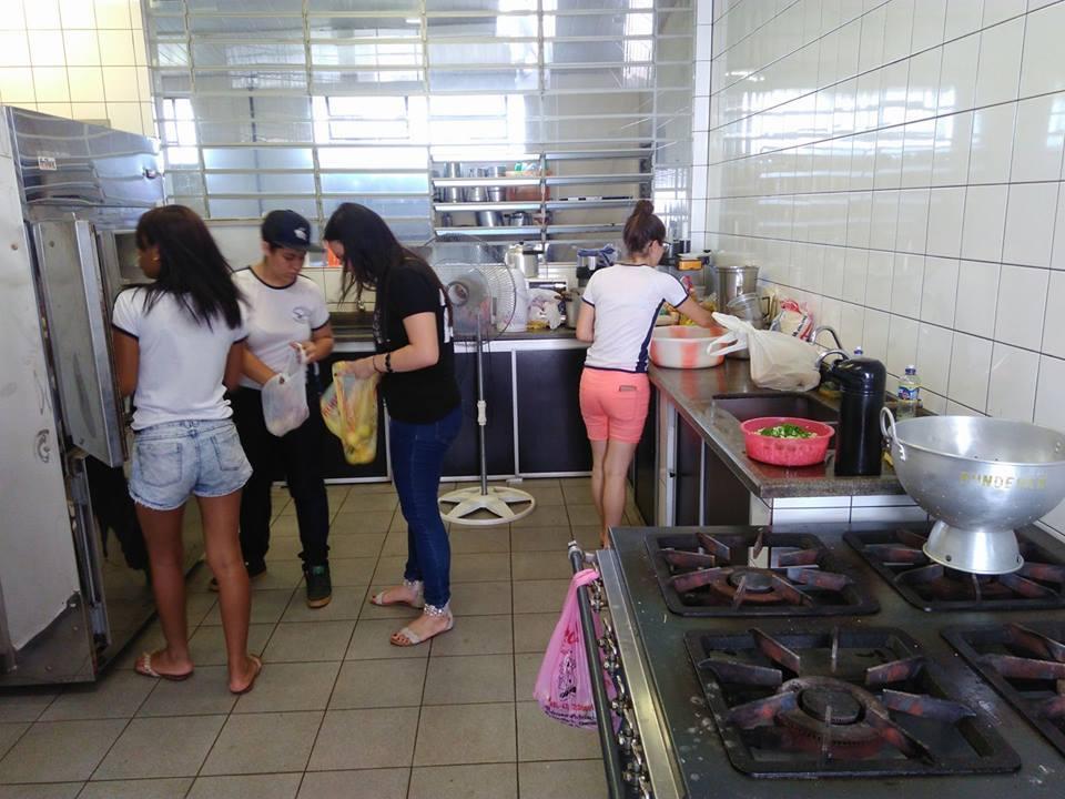 Professores destacam a organização estudantil nas escolas ocupadas pelo Paraná.