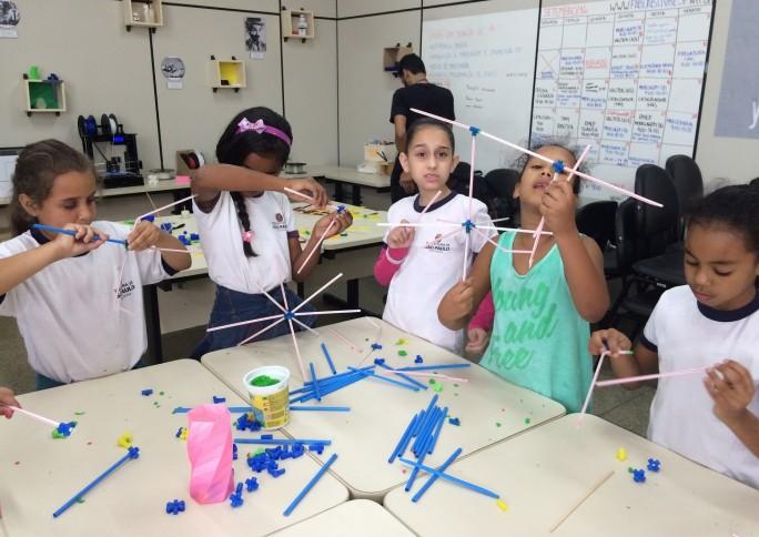 """Festival reúne inovação e criatividade em busca de uma educação """"mão na massa"""""""