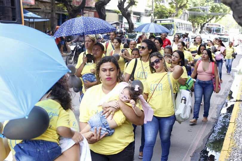 Mães da União de Mães de Anjos realizaram ato em Recife na quinta-feira (27). Três óbitos foram registrados no último mês