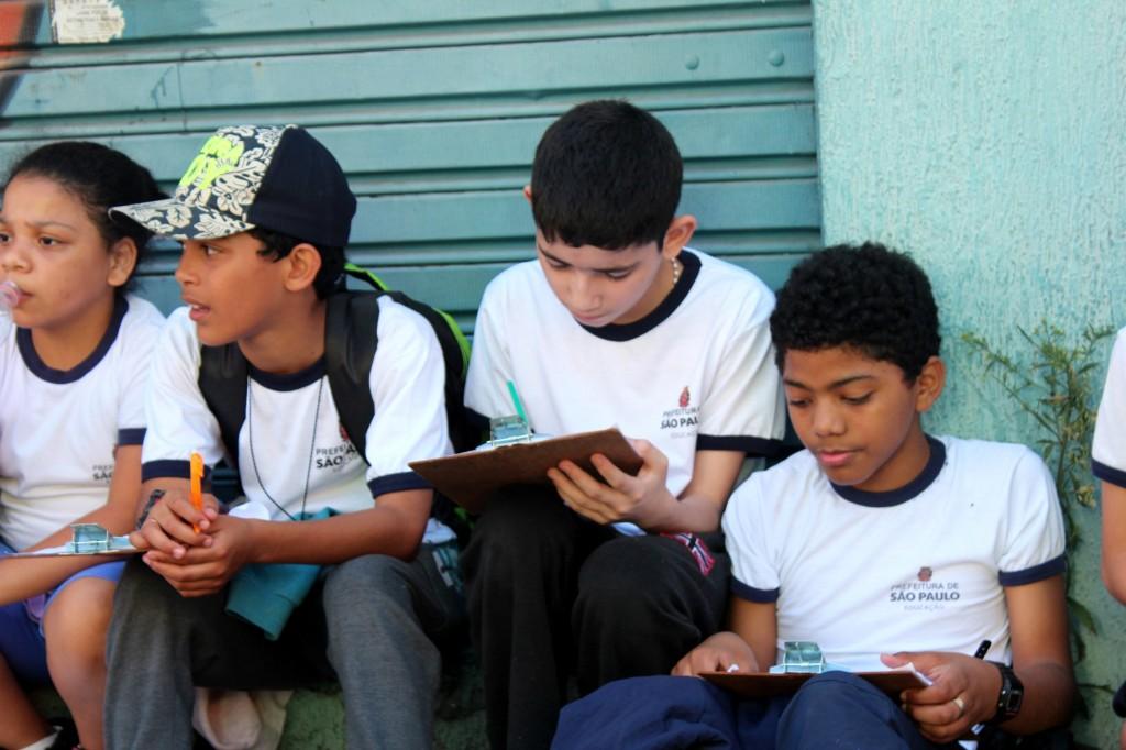 Articulando migração e trabalho escravo, alunos realizam estudo de meio como parte do projeto O migrante mora em minha casa