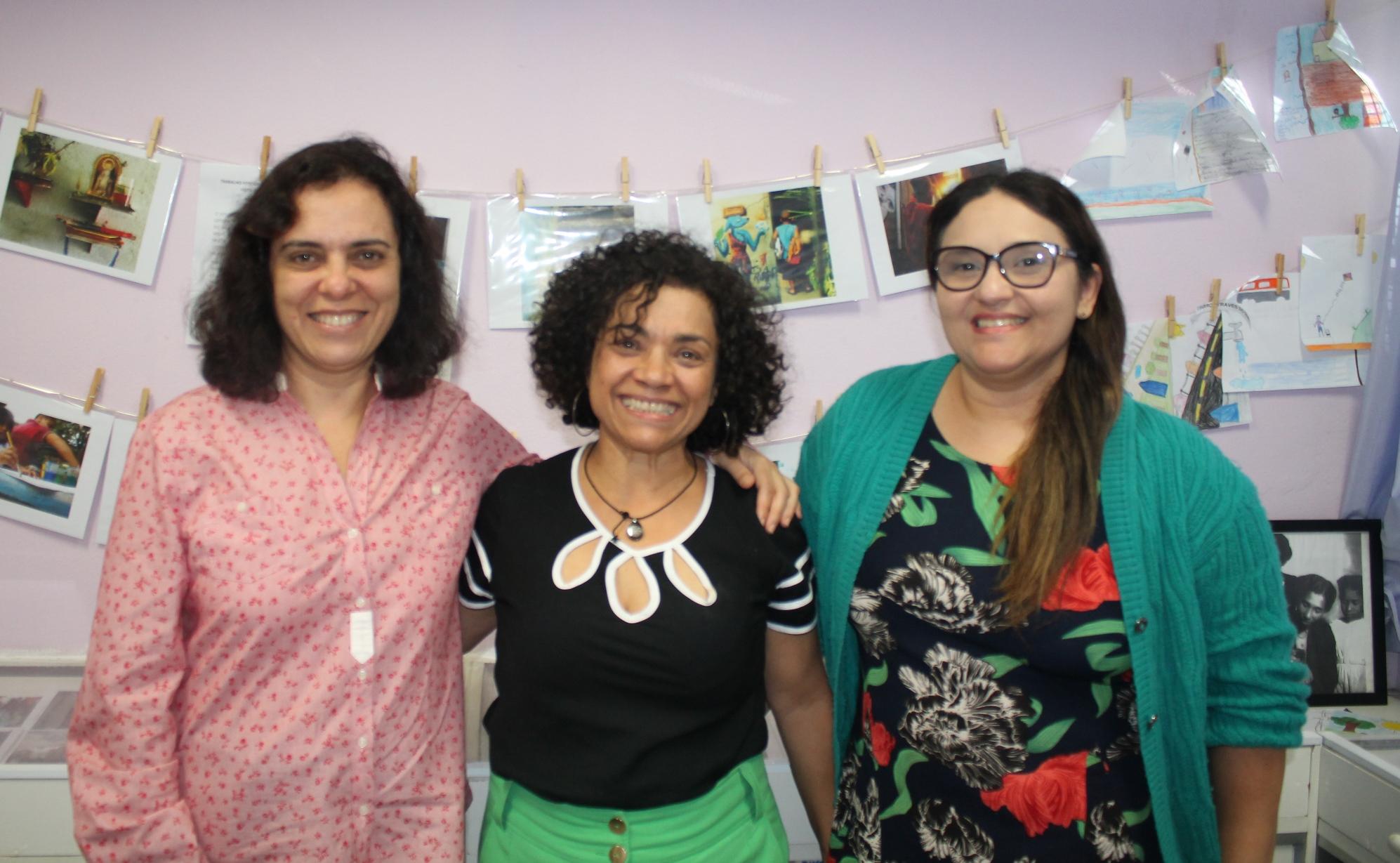 Elizabeth, Núbia e Simone são responsáveis pela criação do Projeto Memórias, que resgata a memória da EMEF Solano Trindade