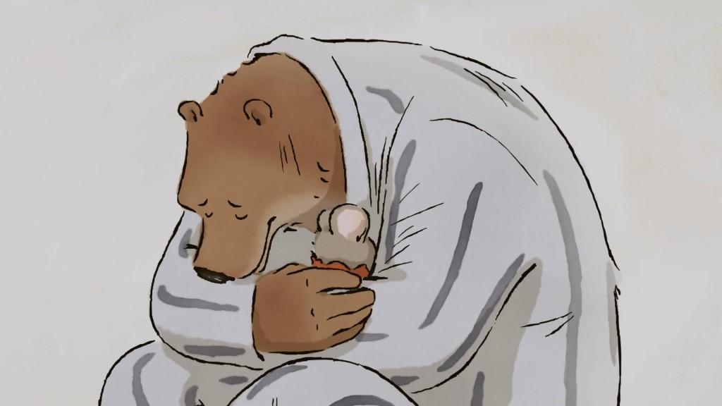 os dois protagonistas se abraçam em cena do filme