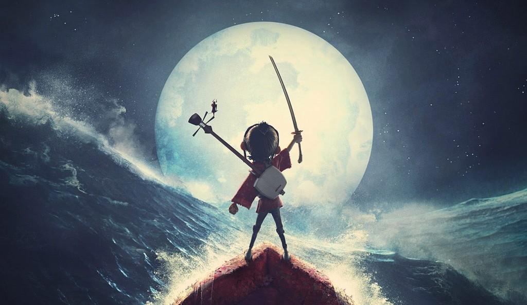 protagonista kubo segura a espada magica no mar
