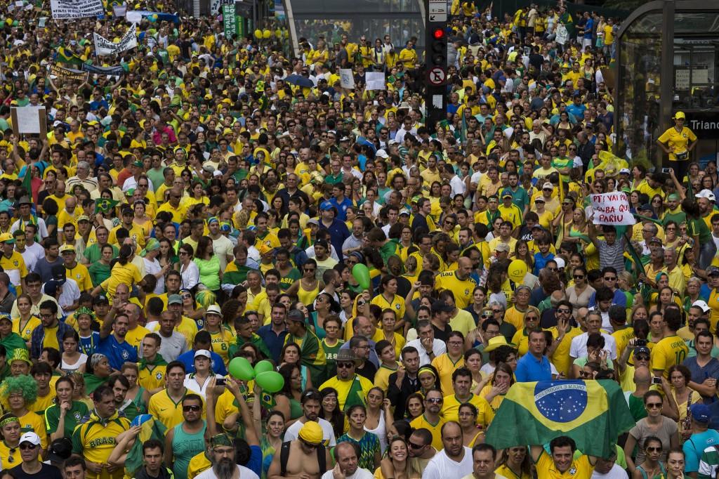 massa verde e amarelo