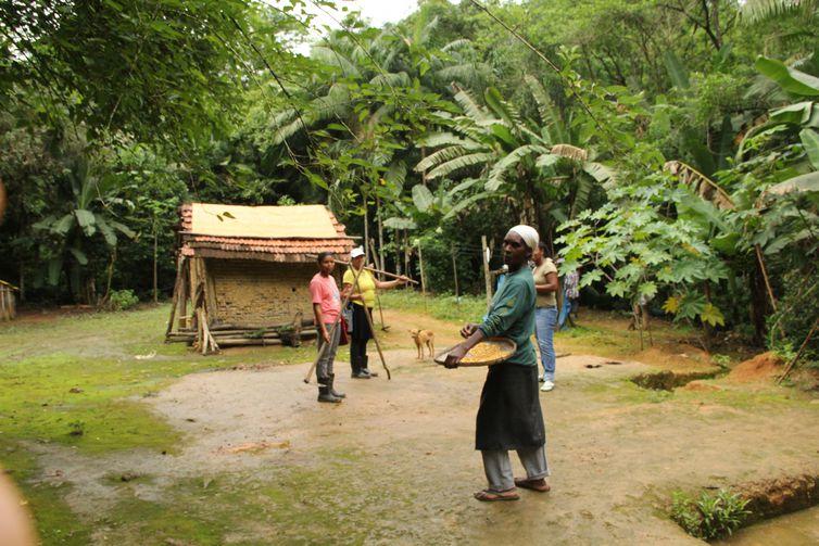 quilombolas no meio do quilombo nhunguara