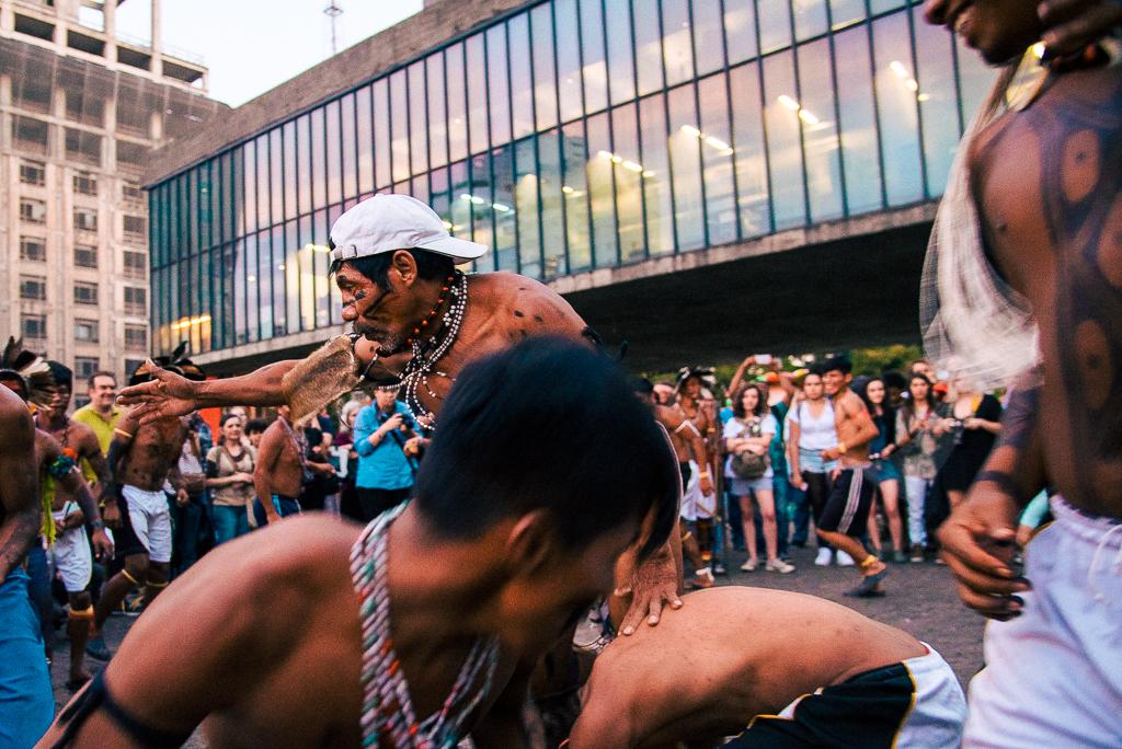 índios ocupam avenida paulista