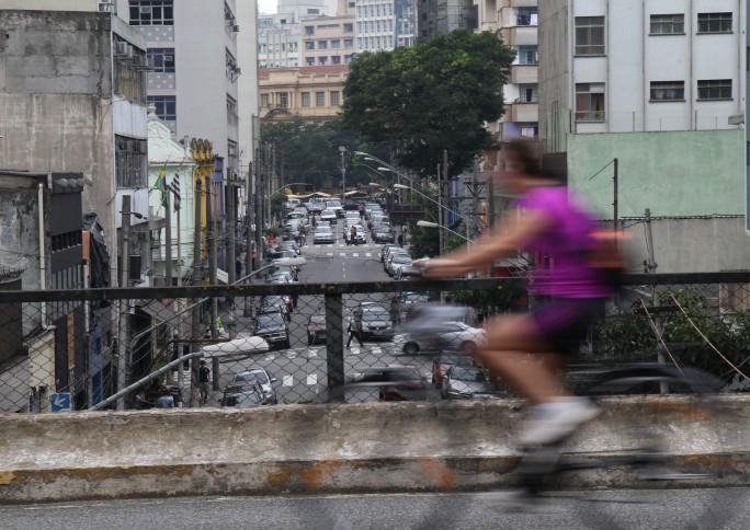 Quais os planos de Haddad e Bolsonaro para as cidades brasileiras?