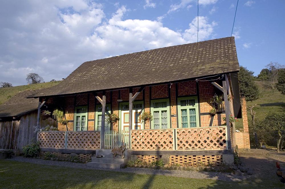 casa em santa catarina no estilo enxailmel