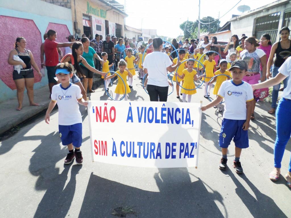 marcha contra violência nas escolas amaoznas