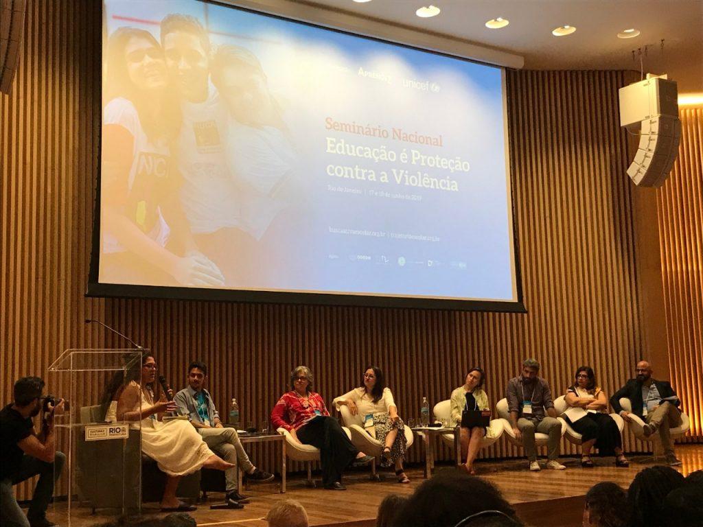 seminário sobre educação e violência