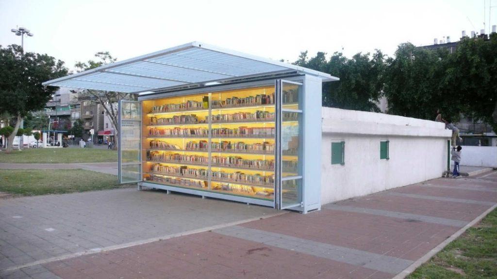 biblioteca para refugiados em israel
