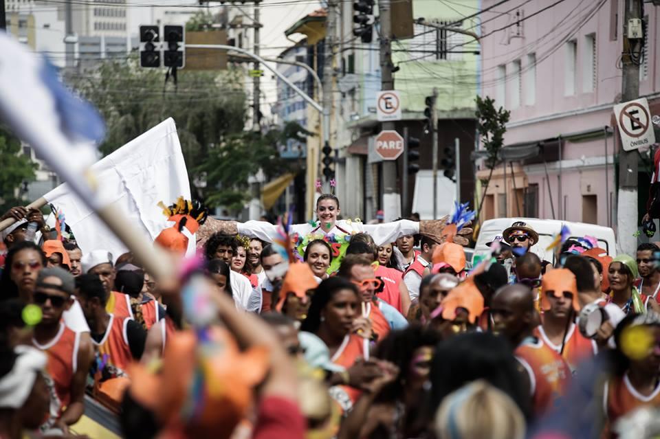 carnaval dentro da cracolândia