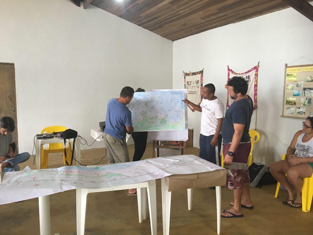 comunidade caiçara apresenta mapa