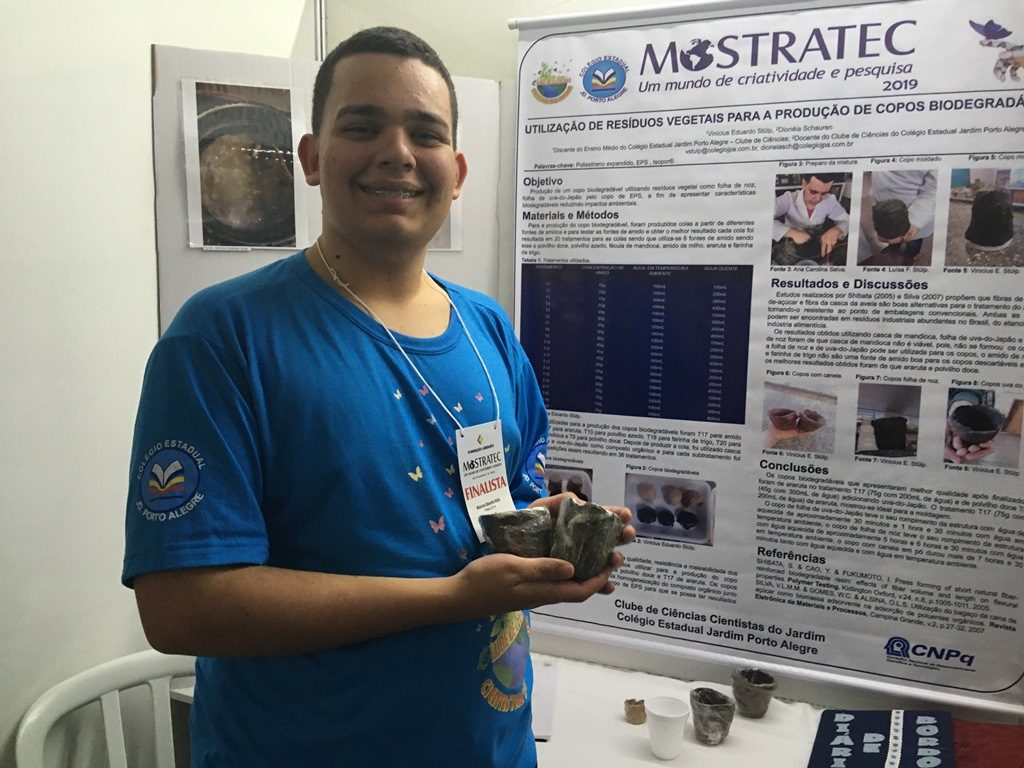 estudante cria copo biodegradável na mostratec