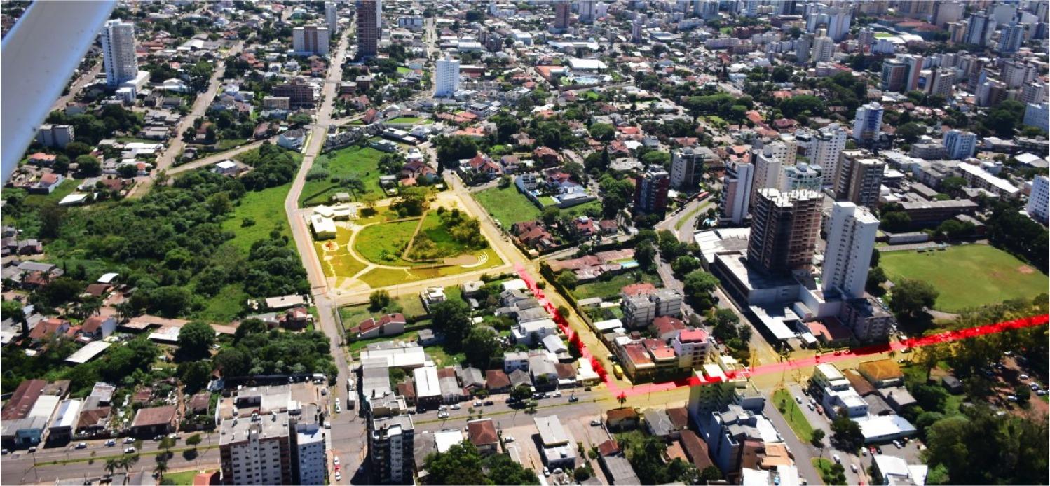 ista geral do Parque Ambiental banhado da Vergueiro. Em vermelho projeto do corredor verde
