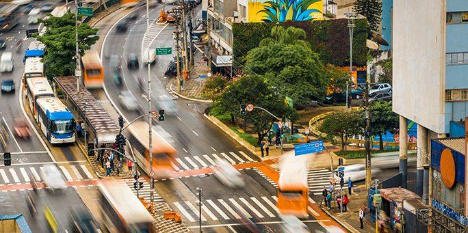 As iniciativas voluntárias que transformam a vida na cidade