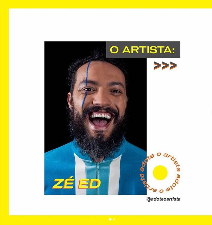 O artista Zé Ed fez uma apresentação durante a entrevista, cantando uma música escolhida na hora / Crédito: Divulgação