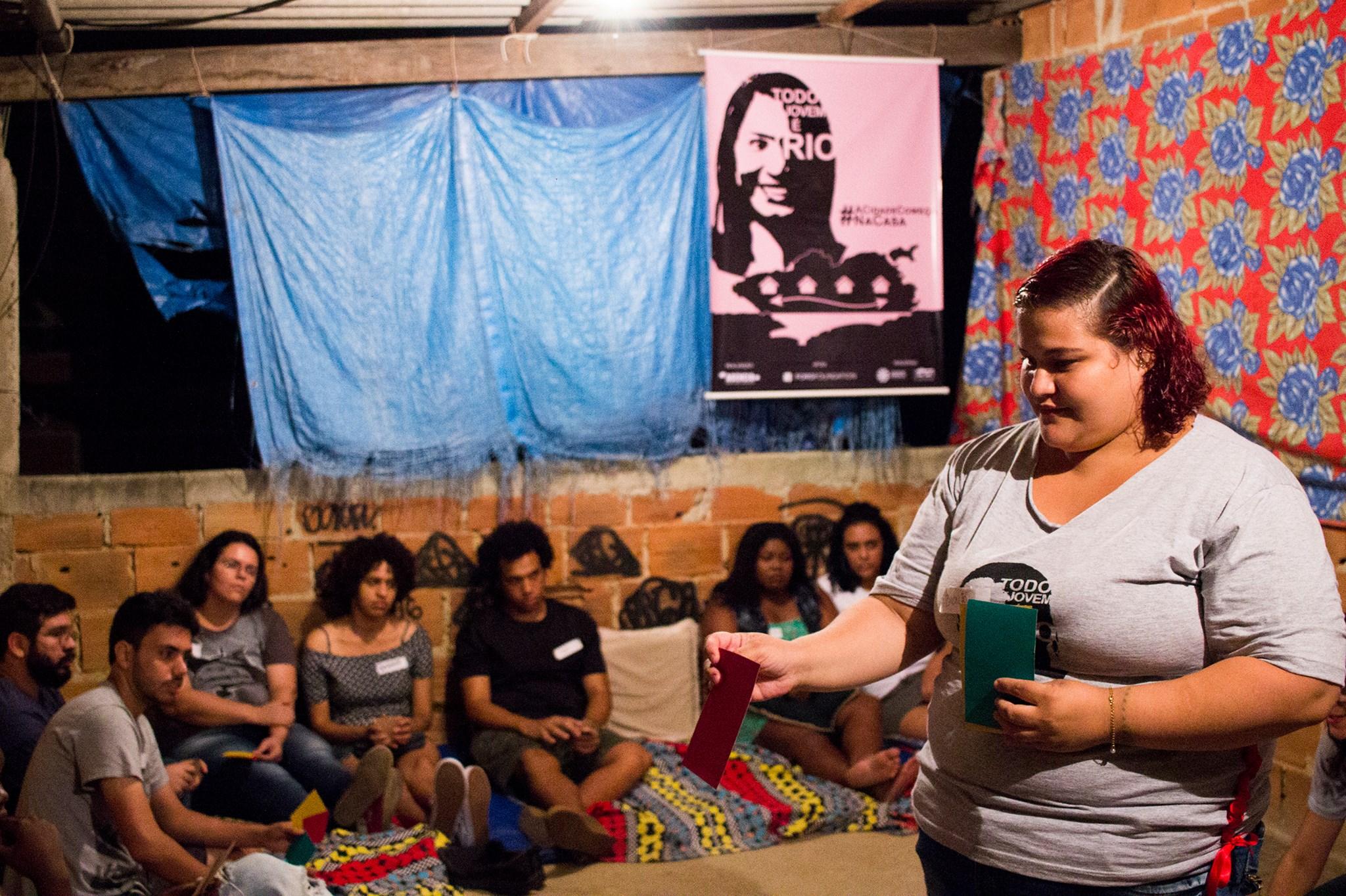 Projeto Todo Jovem é Rio busca formar lideranças comunitárias e políticas nas periferias do Rio de Janeiro / Crédito: Rio On Watch