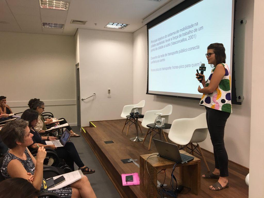 Marina sempre atuou na pesquisa e no ativismo por uma cidade pensada com e para ciclistas e mulheres / Crédito: LabCidade