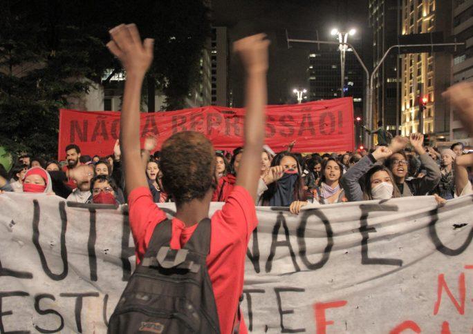 O que a diversa juventude brasileira tem a ensinar sobre produção de políticas e ativismo?